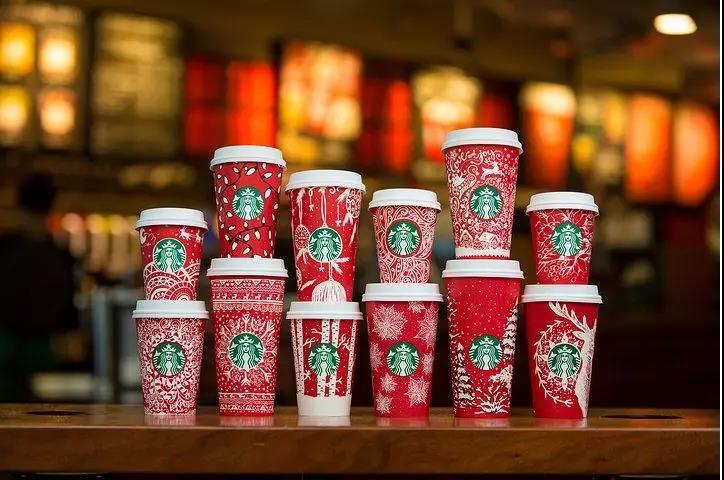 增长营销:网红猫爪杯让人大打出手,星巴克到底有什么魔力