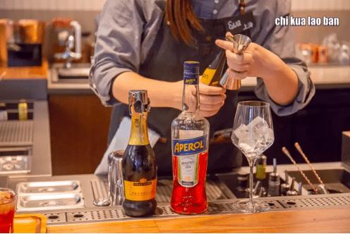 猫爪杯火爆背后:新饮餐时代的商业逻辑
