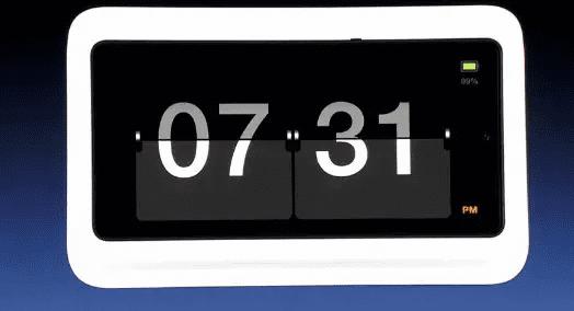 《锤子TNT鸟巢发布会,坚果R1的1TB内存...》